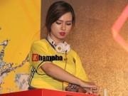 Bóng đá - Người đẹp Việt rạng ngời đêm tuyển Pháp thăng hoa