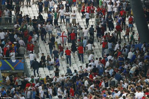 Bạo loạn CĐV Anh - Nga: UEFA điều tra CĐV Nga, Anh vô tội - 6