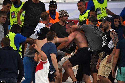 Bạo loạn CĐV Anh - Nga: UEFA điều tra CĐV Nga, Anh vô tội - 10