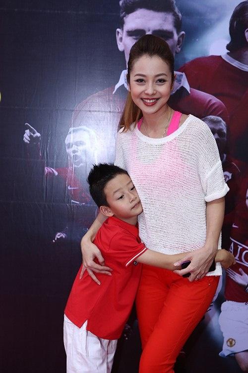 """Khoảnh khắc """"ngọt như kẹo"""" của Jennifer Phạm và con trai - 6"""