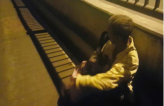 Phóng viên giải cứu cụ ông bị siết cổ giữa đêm - 3