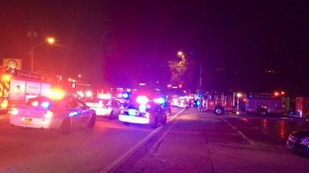 Xả súng điên cuồng vào hộp đêm ở Mỹ, 20 người trúng đạn - 1