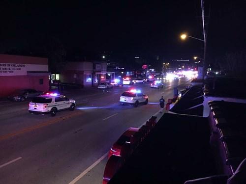 Xả súng điên cuồng vào hộp đêm ở Mỹ, 20 người trúng đạn - 4