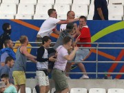 """Bóng đá - Bạo loạn CĐV Anh - Nga: Vợ Vardy kinh hãi vì """"vạ lây"""""""