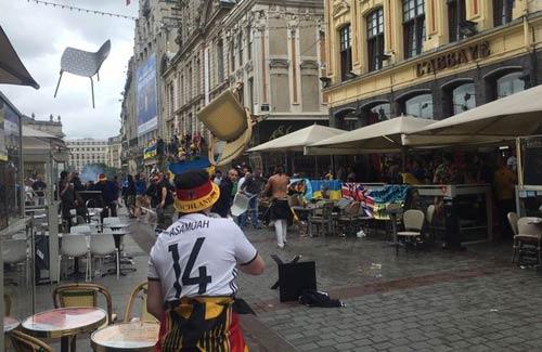 UEFA dọa loại những đội có hooligan ở Euro 2016 - 1