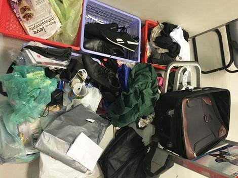 Người đàn ông Nam Phi giấu 1,7 kg ma túy trong hành lý đi Mỹ - 2