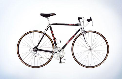Chế tạo khung xe đạp carbon trong nhà máy của GIANT - 1