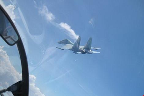 Bắt được tín hiệu SOS tại nơi nghi Su - 30MK2 rơi - 12