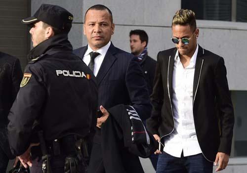 Barca trốn thuế: Mất 5,5 triệu euro vì Neymar - 3