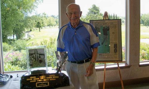 Golf 24/7: Golf thủ U100 & 10 cú đánh 1 gậy trúng lỗ - 1