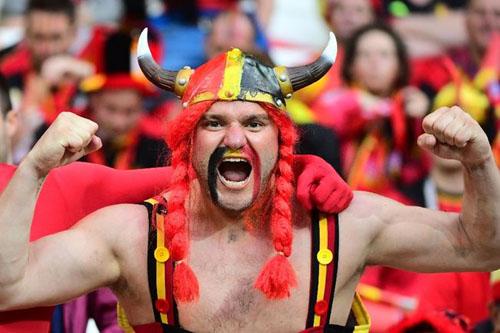 """Ảnh đẹp Euro 14/6: Bỉ ôm hận trước """"vua phản công"""" Italia - 13"""