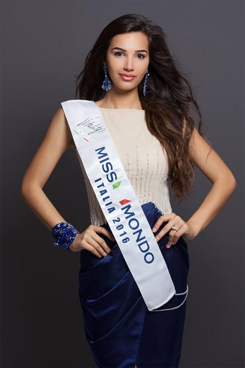 Đường cong Vệ Nữ của nữ sinh đăng quang Hoa hậu Italia - 5