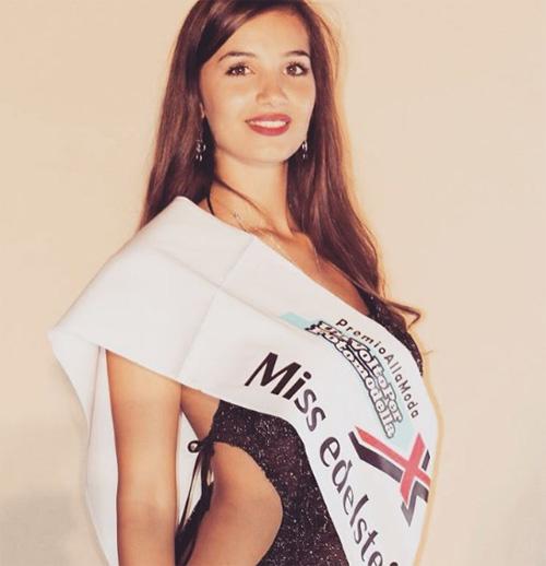 Đường cong Vệ Nữ của nữ sinh đăng quang Hoa hậu Italia - 12
