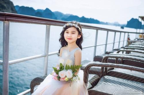 Con gái Minh Tiệp ngày càng xinh đẹp giống mẹ - 3