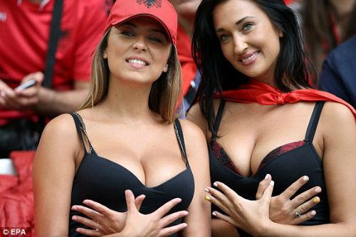 Chi tiết Pháp – Albania: Payet lại ấn định tỉ số (KT) - 11