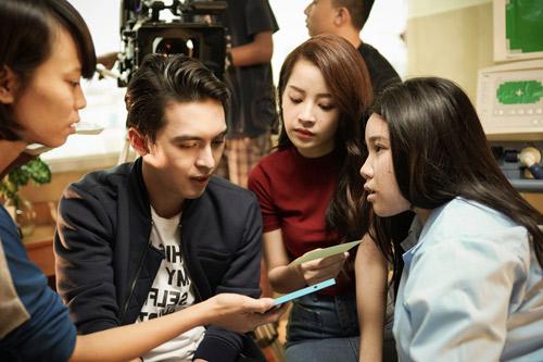 Chi Pu sản xuất phim mới đánh dấu tuổi 23 - 6