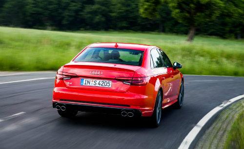 Audi S4 2018 có hạ nổi Mercedes-AMG C43 sedan không? - 2