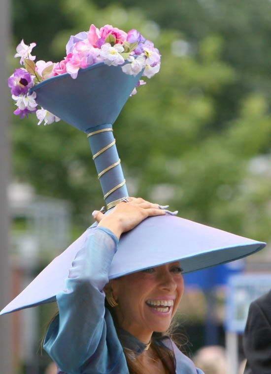 Bộ sưu tập mũ độc, lạ, hài hước ở trường đua ngựa Anh - 4