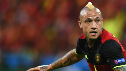 Ảnh đẹp Euro 16/6: Pogba, Fellaini và kiểu tóc dị nhất - 7