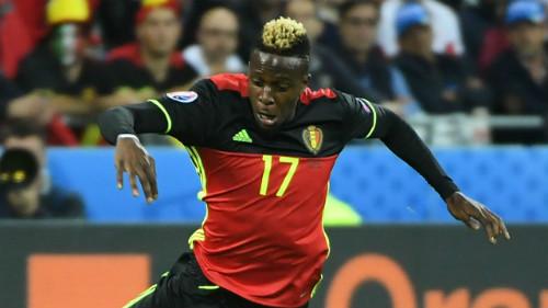 Ảnh đẹp Euro 16/6: Pogba, Fellaini và kiểu tóc dị nhất - 8