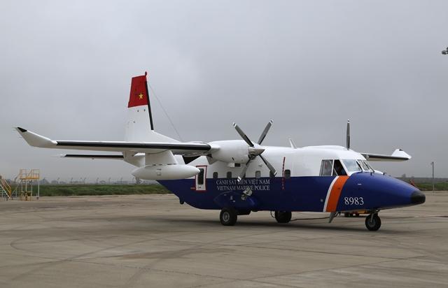 Khám phá máy bay CASA tìm phi công Su-30MK2 mất tích - 1