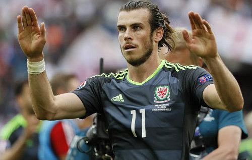 Sau trận Anh - Xứ Wales: Vardy tỏa sáng nhờ thuốc lá - 1
