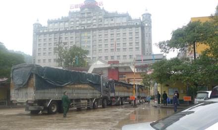 Lo lắng hàng nông sản xuất sang Trung Quốc - 1