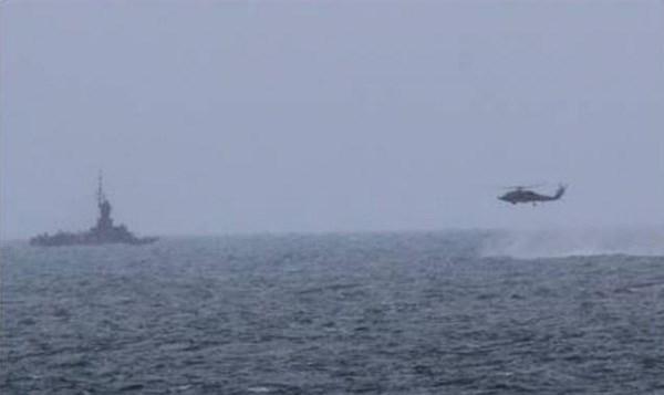 Ngư dân phát hiện thi thể nghi của phi công SU-30MK2 - 1