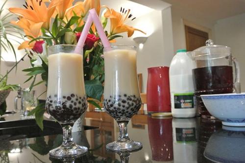 Cuối tuần, tự làm trà sữa thơm mát cho cả gia đình - 4