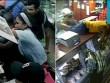 Video: Dân đói Venezuela xông vào cửa hàng cướp bóc