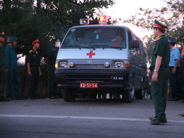 Đón thi thể Thượng tá Trần Quang Khải về với đất liền - 3