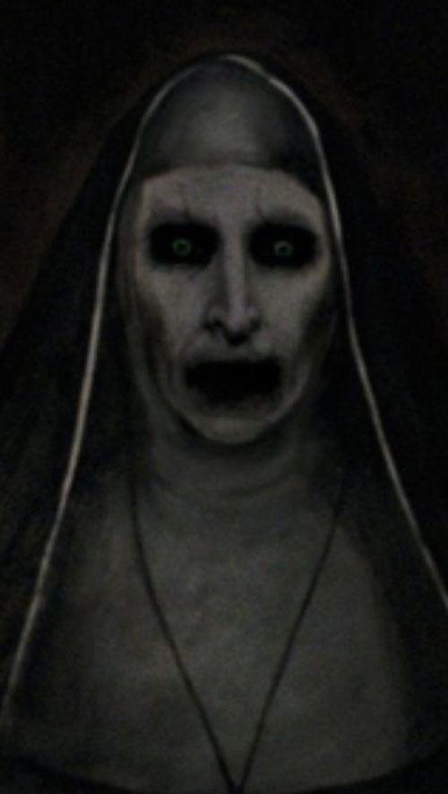 """""""The Conjuring 2"""": Không có ma quỷ nào lấn át được lòng tốt - 2"""