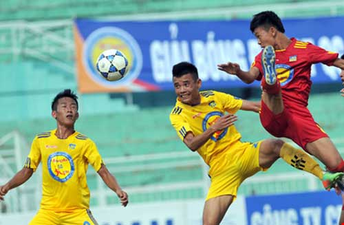 Xác định 12 đội dự Vòng chung kết bóng đá U-17 quốc gia - 1