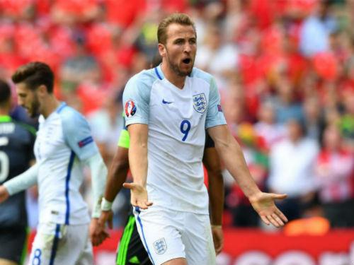 ĐT Anh: Kane và Sterling nhận đòn trừng phạt - 1