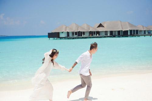 """Ảnh cưới lãng mạn tại Maldives của """"hot girl dao kéo"""" - 10"""