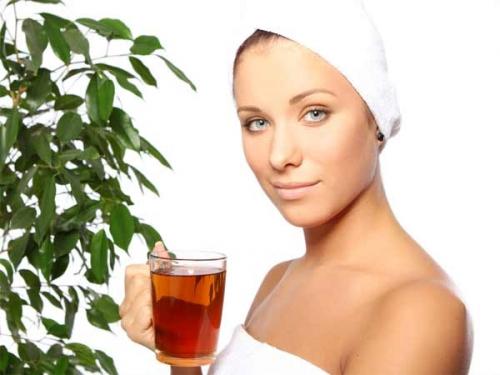 Điều kỳ diệu gì xảy ra nếu uống mỗi ngày một cốc trà xanh? - 2