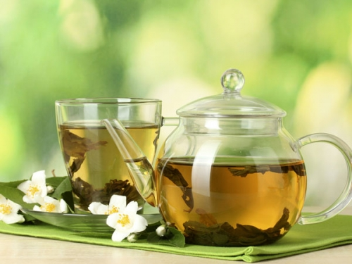 Điều kỳ diệu gì xảy ra nếu uống mỗi ngày một cốc trà xanh? - 4