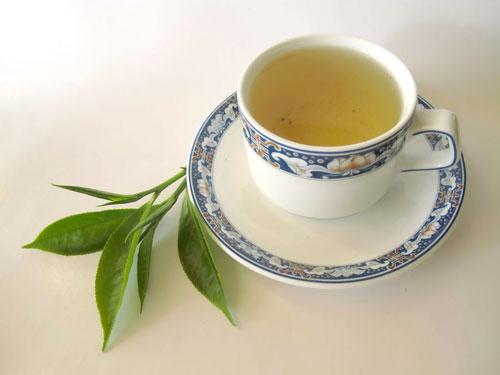 Điều kỳ diệu gì xảy ra nếu uống mỗi ngày một cốc trà xanh? - 5