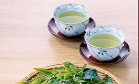 Điều kỳ diệu gì xảy ra nếu uống mỗi ngày một cốc trà xanh? - 6
