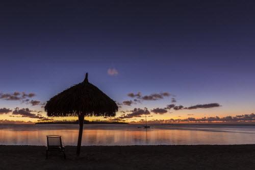 Hòn đảo đẹp nhất thế giới ngỡ như không tồn tại - 11