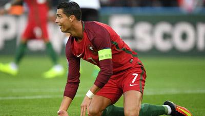 Chi tiết Bồ Đào Nha - Áo: Ronaldo đá hỏng phạt đền (KT) - 4