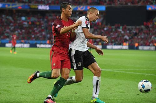 Ronaldo lập kỷ lục buồn: Đá phạt kém, đá 11m tồi - 3