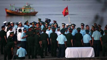 Ngư dân và phút sinh tử của phi công Su-30MK2 trên biển - 1