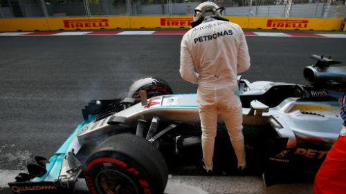 """F1 - Phân hạng GP châu Âu: Ngày thứ 7 nhiều """"biến"""" tại Baku - 4"""
