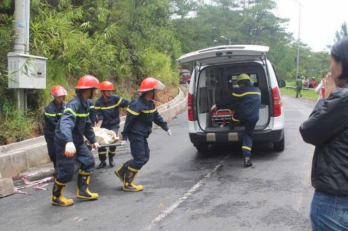 Tai nạn thảm khốc trên đèo Prenn: Do mất phanh? - 2