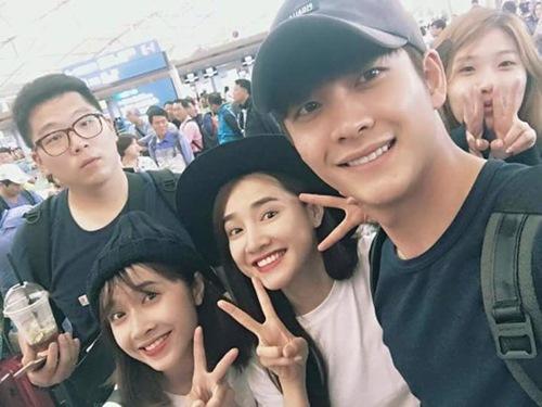 Nhã Phương và Kang Tae Oh diễn cảnh tình cảm ở Hồ Tây - 4