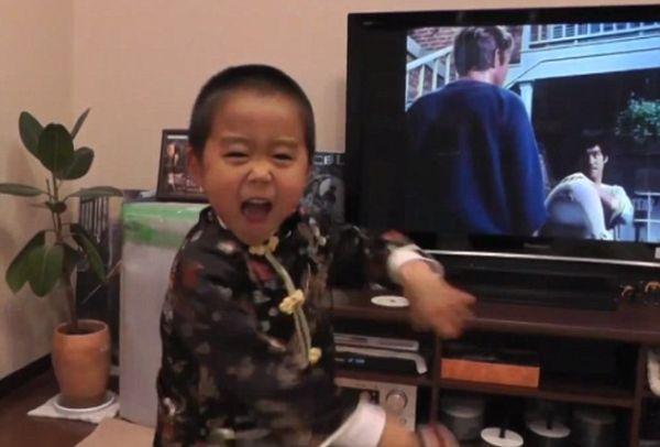 """Cậu bé 4 tuổi được mệnh danh """"Lý Tiểu Long tái thế"""" - 5"""
