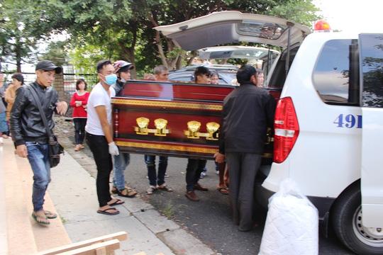 TNGT trên đèo Prenn: Đưa thi thể các nạn nhân về quê - 2