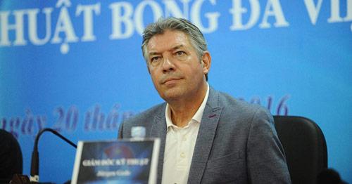 Jürgen Gede chính thức làm Giám đốc kỹ thuật BĐ Việt Nam - 3