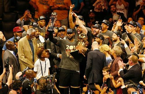 LeBron James giúp Cleveland vô địch NBA lần đầu tiên - 2